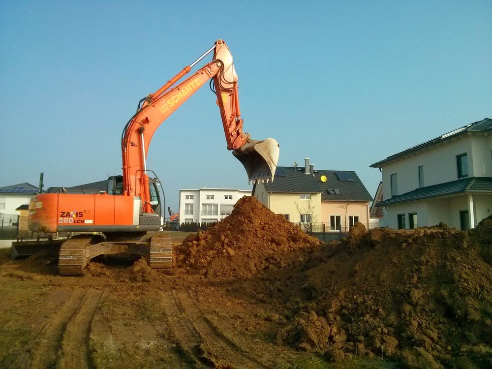 Baubeginn Erdarbeiten Fur Die Bodenplatte Projekt Fertighaus